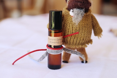 gifts-made-using-essential-oils-marvin-gaye-sexy-time-roller-blend